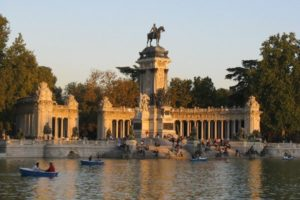 Fabulous Friday Foto: The Lake in Park Retiro Madrid, Spain