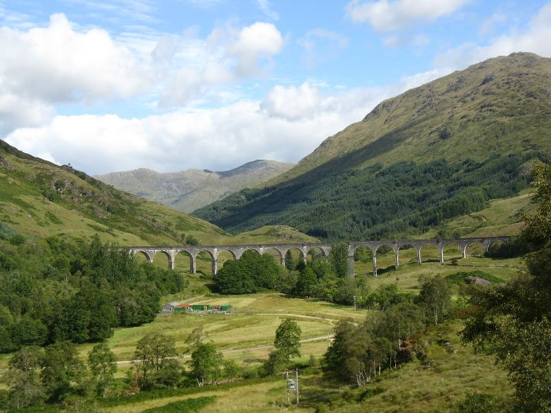 Fabulous Friday Foto: The Glenfinnan Viaduct in Scotland