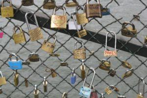 Fabulous Friday Foto: Locks of Love in Paris