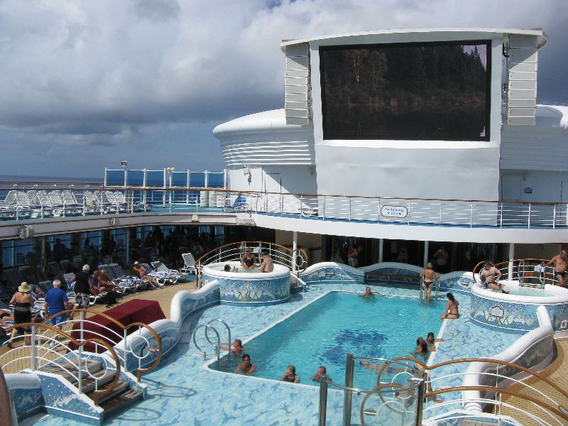 5 Reasons Why You Should Book a Transatlantic Cruise Voyage
