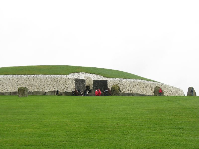 Must See in Ireland: Newgrange and the Hill of Tara