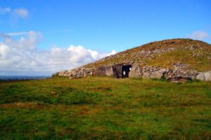 What to See In Ireland : The Best Neolithic Passage Tombs