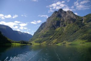 Norway Travel Blog Roundup: The Scoop About Going to Norway