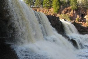 Fabulous Friday Foto: An Afternoon Stop at Gooseberry Falls, MN