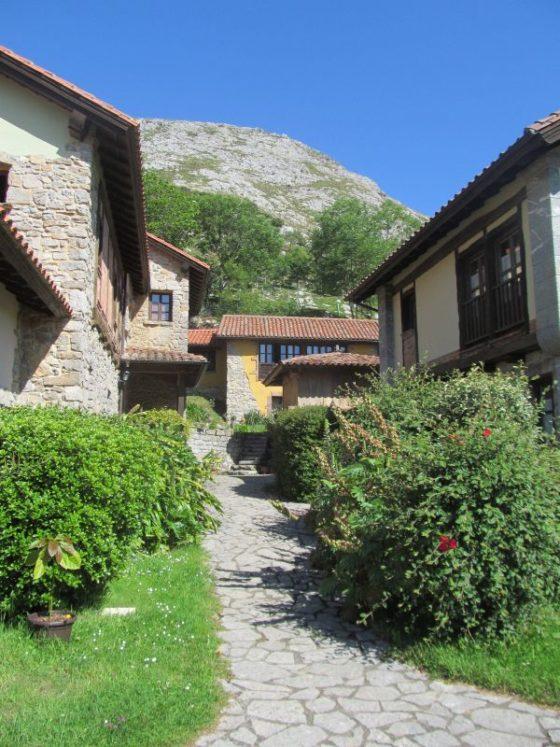 Views of the farm. La Montana Magica Alojamiento Rural en Asturias